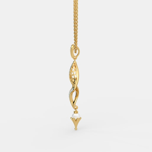 Diamond And White Pearl Pendant In Yellow Gold (2.94 Gram) With Diamonds (0.055 Ct)