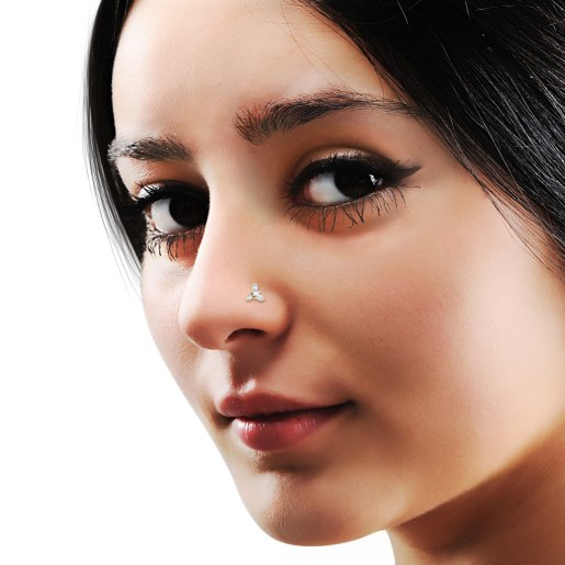 The Zinnia Nose Pin